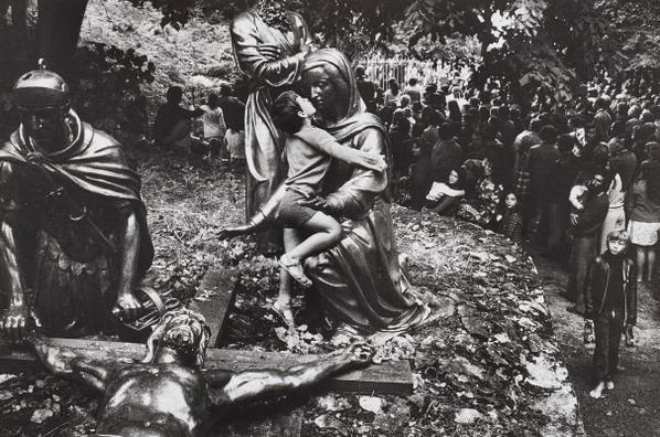 Josef Koudelka-Lourdes, France-1973