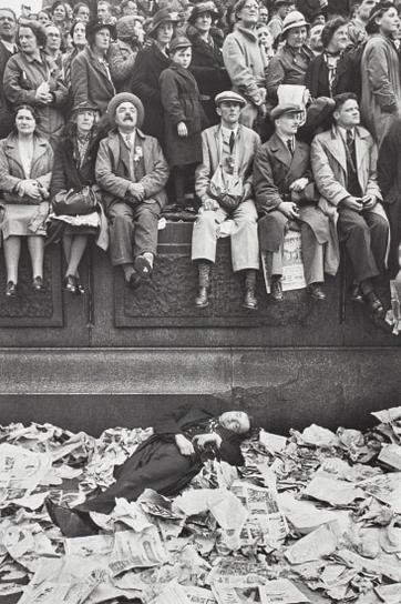 Henri Cartier-Bresson-Trafalgar Square On The Day Of The Coronation Of King George Vi, London-1937