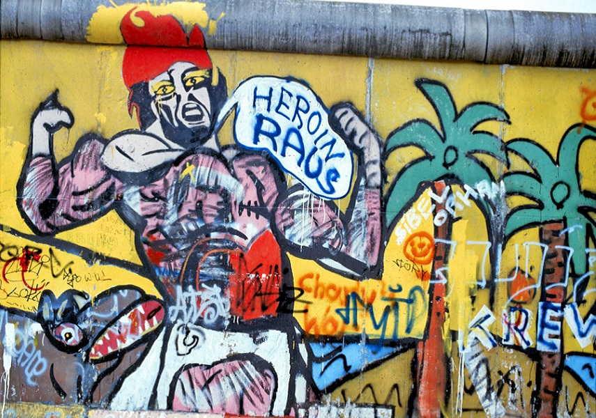 """Heroin Raus"""" Heroin Out in berlin, germany"""