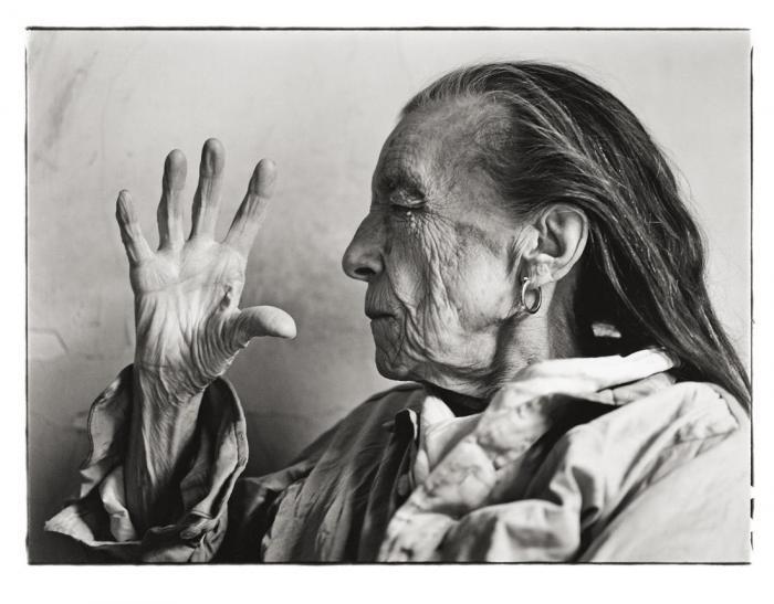 Annie Leibovitz-Louise Bourgeois, New York-1997