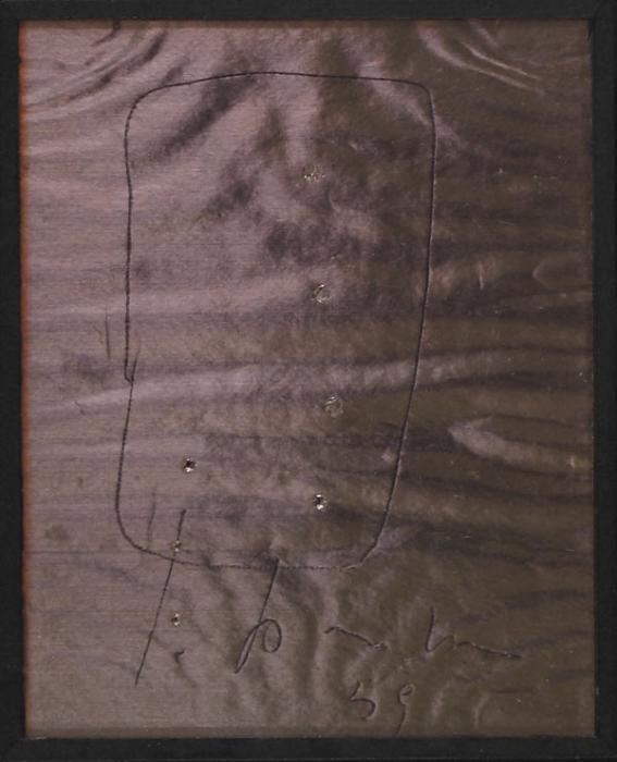 Lucio Fontana-Komposition auf Silberfolie, Concetto spaziale-1959