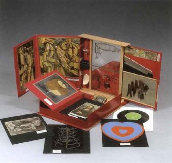 Marcel Duchamp-De ou par Marcel Duchamp ou Rrose Selavy (La boite en valise) Untitled-1968