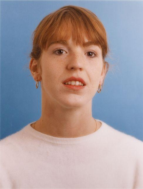 Thomas Ruff-Portrait (Bettina Ebert)-1984