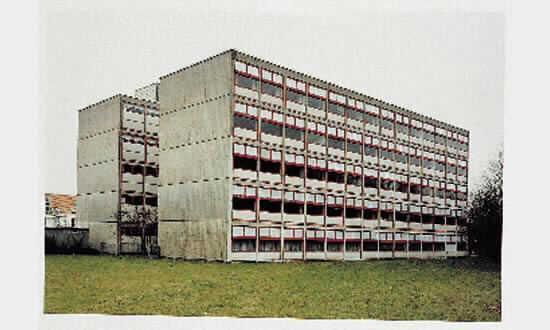 Thomas Ruff-Hauser-1991
