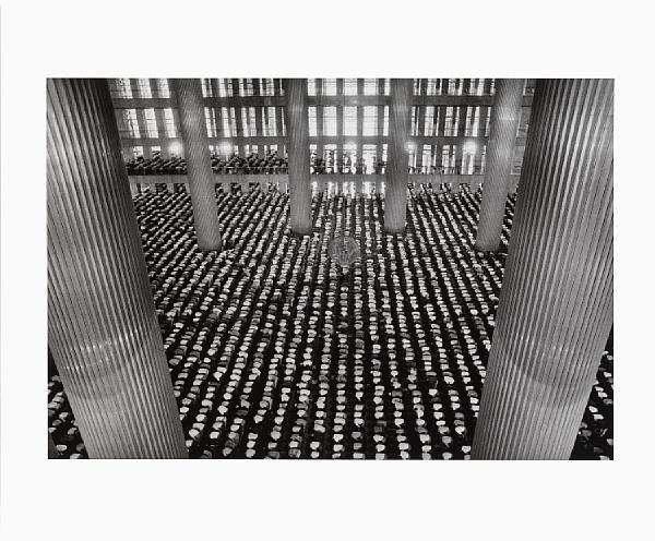 Sebastiao Salgado-The Mosque of Istiqlal, Jakarta, Indonesia-1996