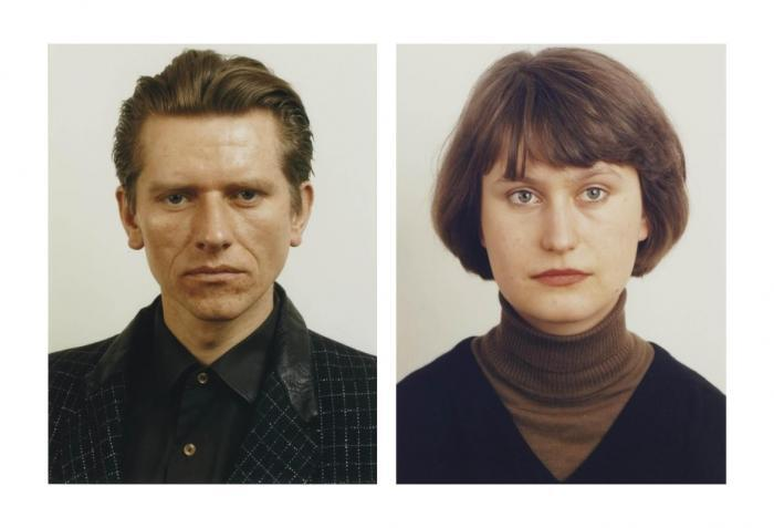 Thomas Ruff-Portrait (K. Jacobs); Portrait (M. Synivga)-1984