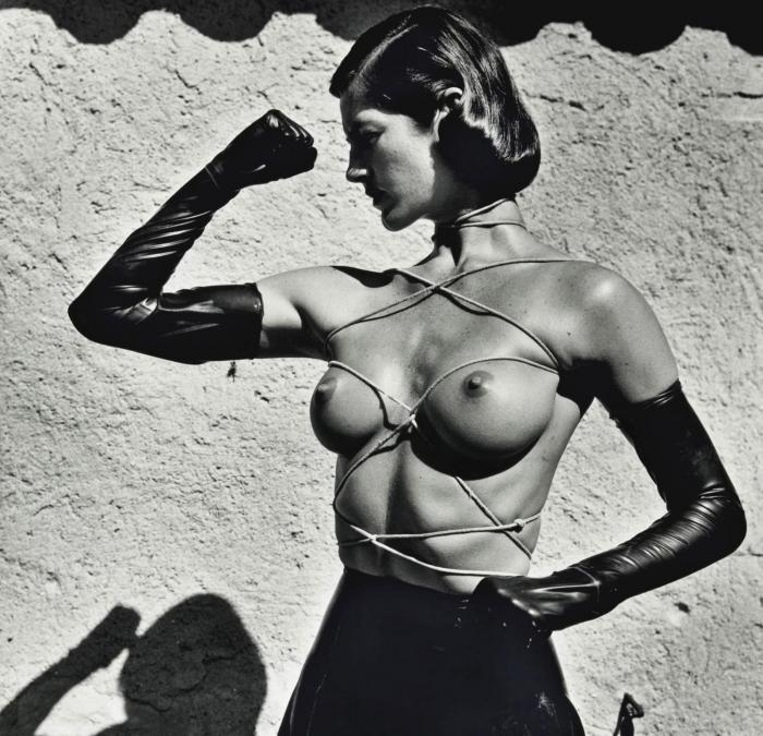 Helmut Newton-Tied up torso, Ramatuelle-1980