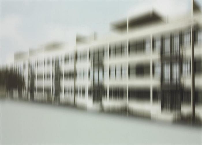 Thomas Ruff-W.h.s 07-2001