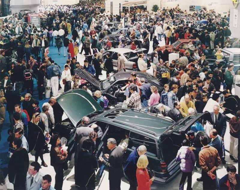 Andreas Gursky-Paris, Autosalon-1993