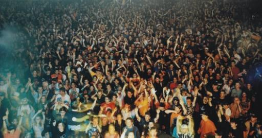 Andreas Gursky-Union Rave-1995
