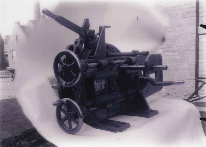Thomas Ruff-Maschinen 0841-2003