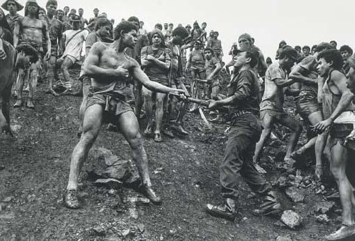 Sebastiao Salgado-The Dispute, Brazil-1986