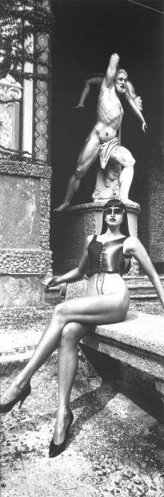 Helmut Newton-Panoramic Nude with Sunglasses, Villa d'Este, Como, Italy-1989