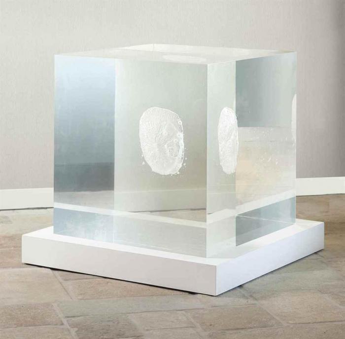 Anish Kapoor-Untitled (Cube)-2003