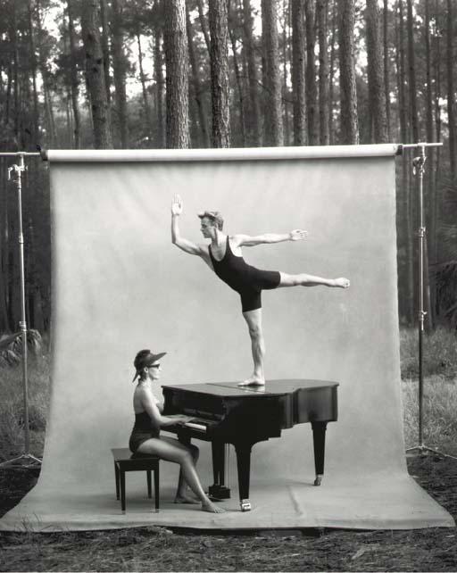 Annie Leibovitz-Mikhail Baryshnikov and Linda Dowdell, White Oak, Florida-1990