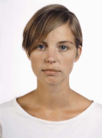 Thomas Ruff-Portrait of a Woman-1989