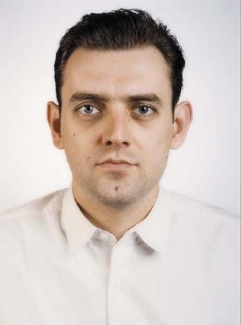 Thomas Ruff-Portrait of a Man-1988