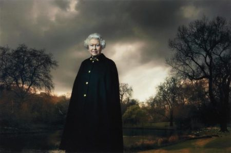 Annie Leibovitz-Queen Elizabeth II, Buckingham Palace, London-2007