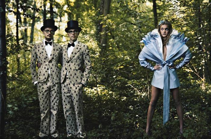 Annie Leibovitz-Alice in Wonderland for Vogue, Viktor and Rolf with Natalia, Paris-2003
