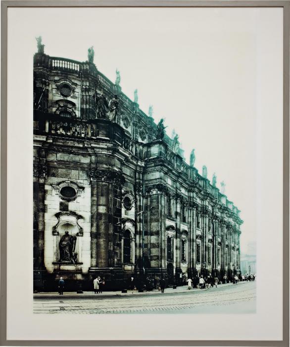 Andreas Gursky-Dresden-1988