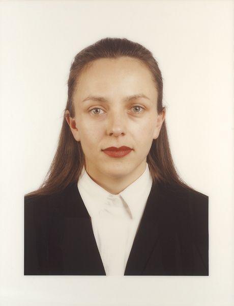 Thomas Ruff-Portat (B. Ochaim)-1989