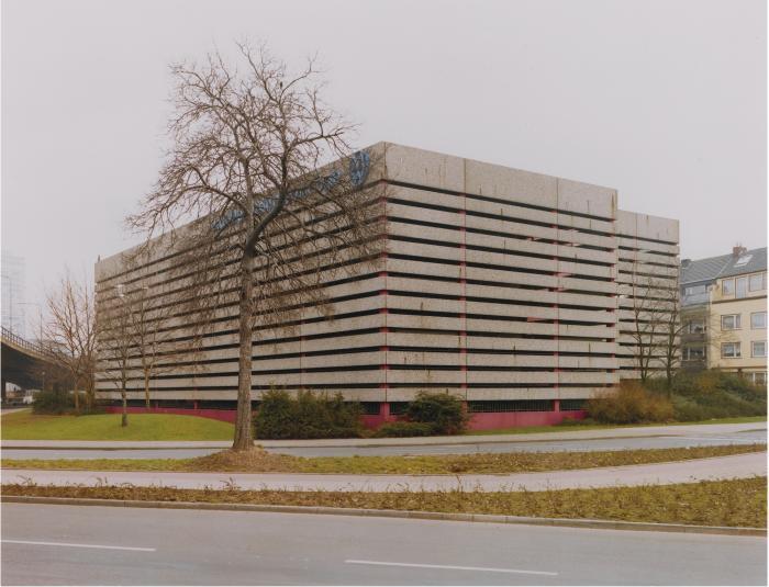 Thomas Ruff-Haus No 6 I; 8 I; 2 III; 12 IIIA-1989