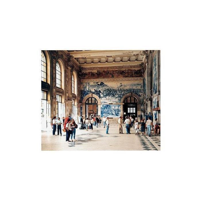 Andreas Gursky-Porto Bahnhof-1988