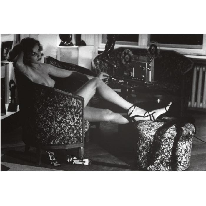 Helmut Newton-In Der Galerie Kunze (1979)-1979