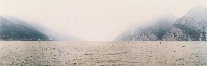 Andreas Gursky-Gardasee-1993