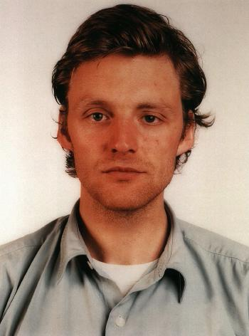Thomas Ruff-Portrait-1988
