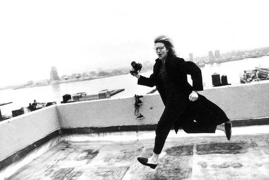 Annie Leibovitz-Self-portrait-1985