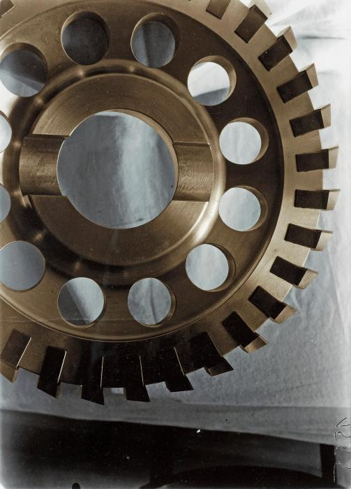 Thomas Ruff-Machine-