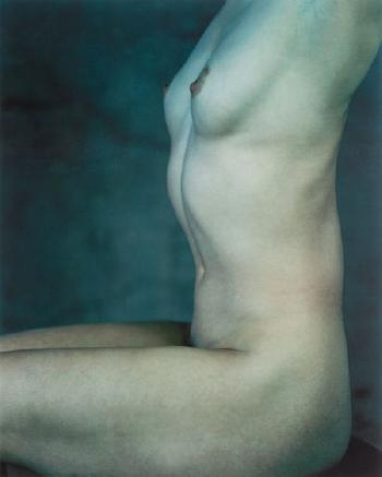 Annie Leibovitz-Margorie Folkman, Dancer, Mark Morris Dance Group, Clifton Point, Rhinebeck, New York (Nude #12)-1999