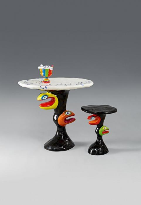 Niki de Saint Phalle-Table, tabouret et vase-1982