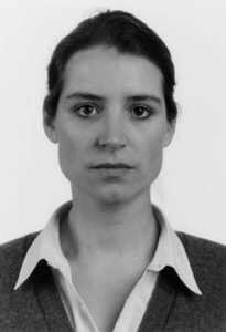 Thomas Ruff-Portrait (C.Pilar)-1989