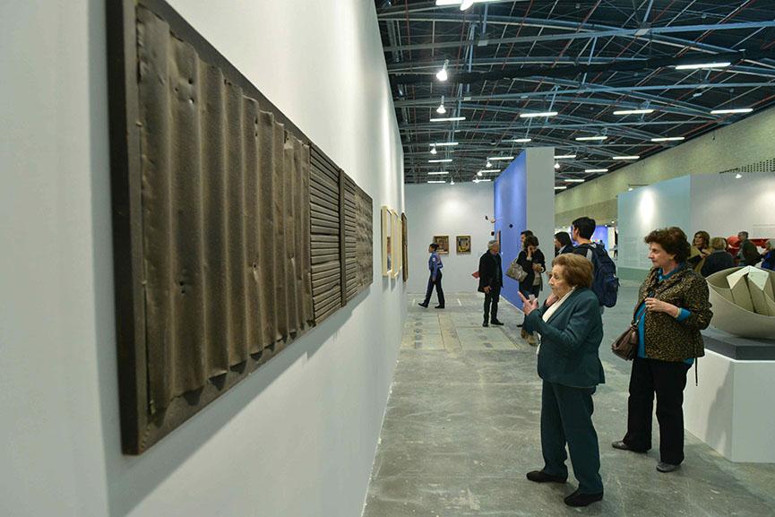 artbo feria de arte principal presenta proyectos de galerías de artista e de photography