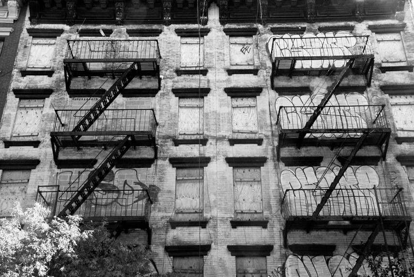 Aaron Siskind - Facade Unoccupied Building, 1937 - Contact Chicago if American institute began the Callahan Photographer foundation before us!