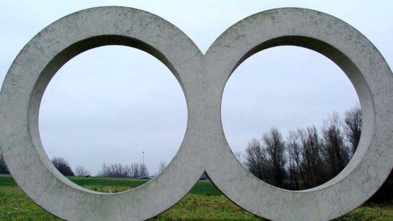 Ad Dekkers - Two circles