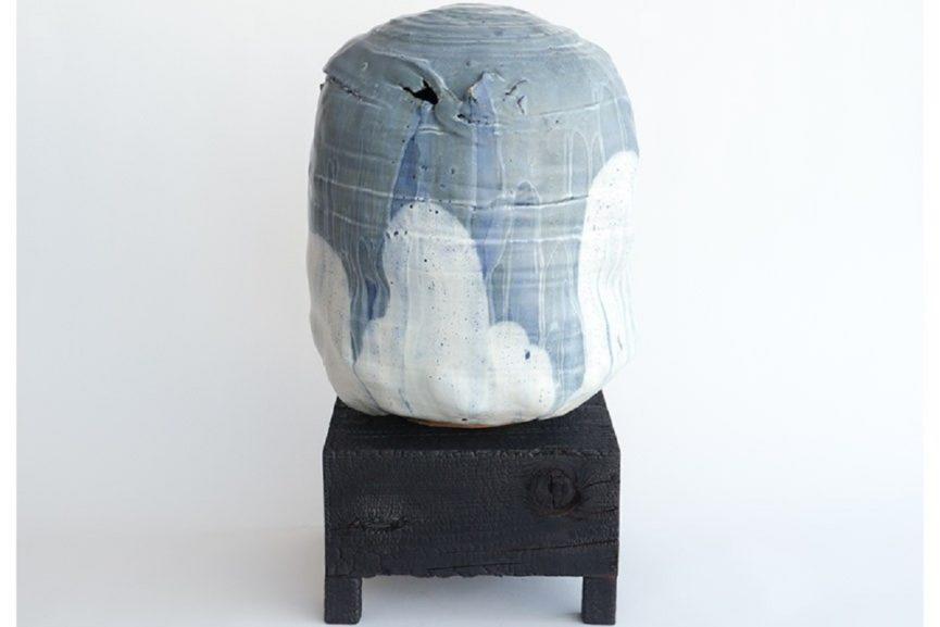 Adam-Silverman-American-b.-1963-Untitled-2015-Stoneware-and-burnt-wood-25-x-14.75-x-14-865x577