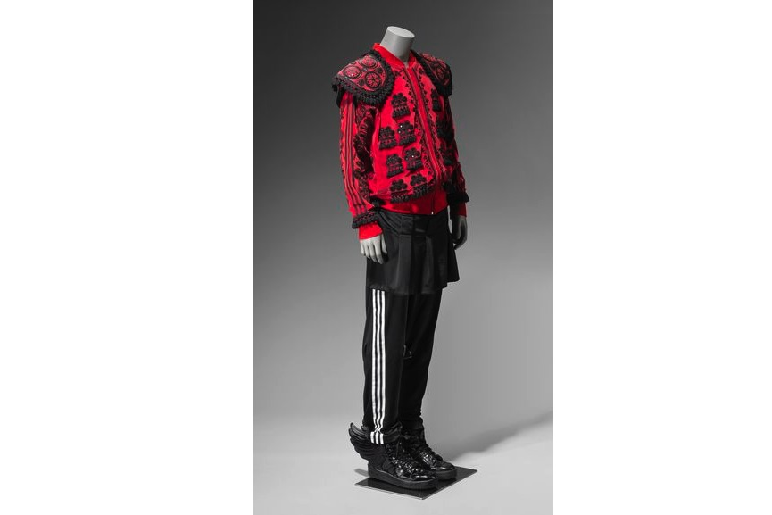 Adidas ensemble, 2018, Jeremy Scott