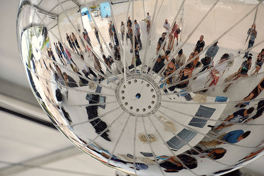 Aerial Reflection of press conference in the Albedo Pavilion
