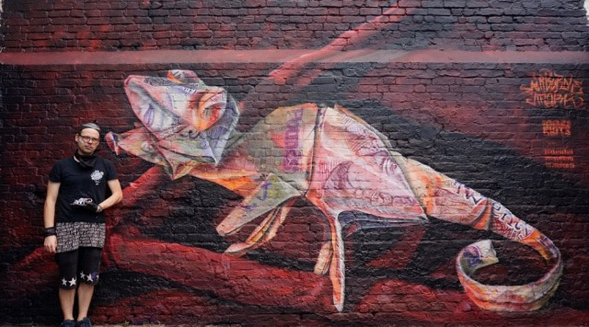 Airborne Mark - Money Chameleon, London, UK, 2017 - Image courtesy of the artist