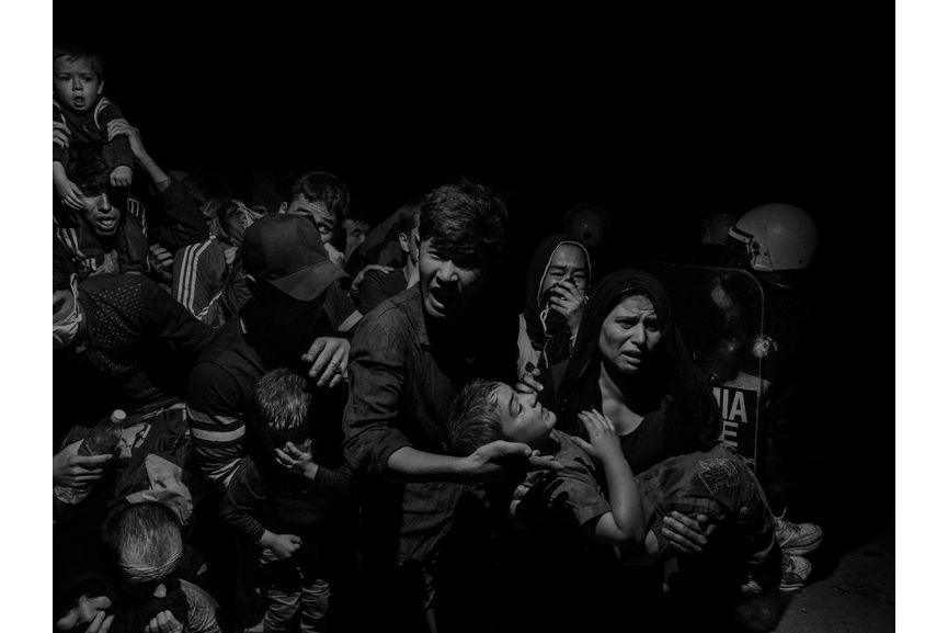 Alex Majoli - Scene #60410, Lesbos, Greece, 2015
