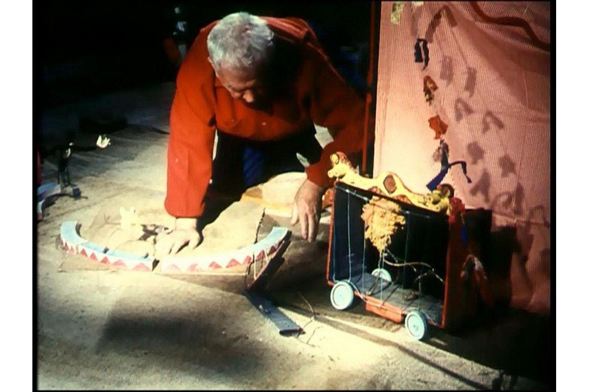 Alexander Calder - Circus