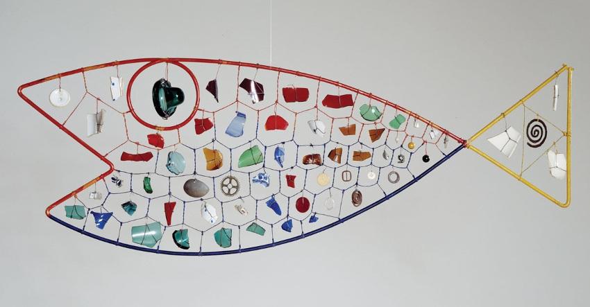 Alexander Calder - mobiles, terms painting guggenheim