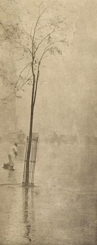 Alfred Stieglitz-Spring Showers The Street Cleaner, New York-1900