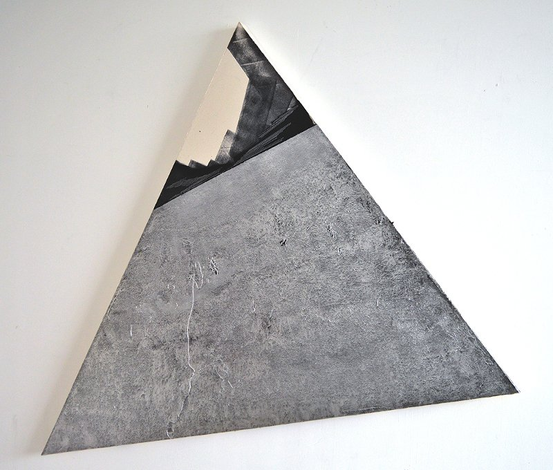 Andrea Medjesi-Jones - Bearded triangle (extended), 2015, installation