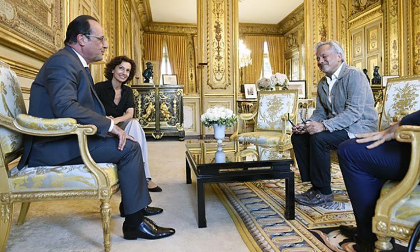 Dirty Corner Versailles Vandalized palace gardens 2015 june world paris exhibition culture