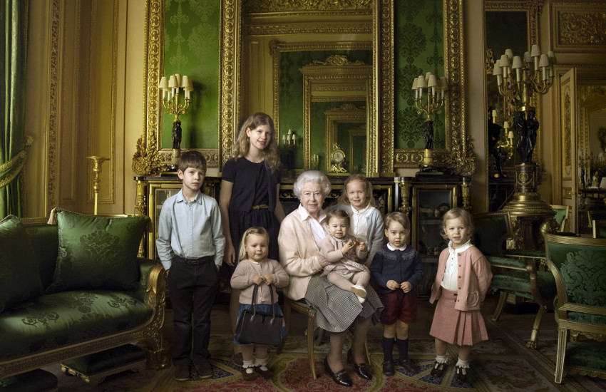 Annie Leibovitz - Britain's Queen Elizabeth Celebrates Her 90th Birthday, 2016, new use for vanity and vogue life