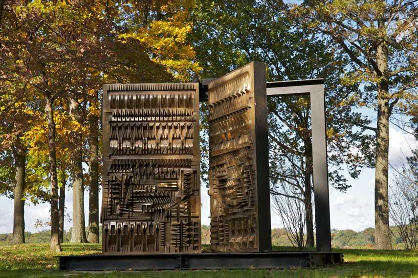 Arnaldo Pomodoro -The Pietrarubbia Group, 1976 - image via flickr.com policy privacy foundation exhibitions